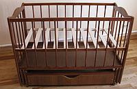 """Детская кроватка-манеж с выдвижным ящиком """"Малятко"""""""