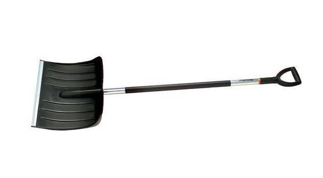Лопата Для Уборки Снега Fiskars ( Облегченный ) (143001) 1003469