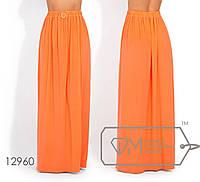 Яркая юбка-макси из микромасла с высоким разрезом, на резинке 12960