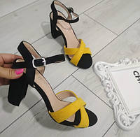 Босоніжки жіночі чорно-жовті  екозамша на каблуці 39р, фото 1