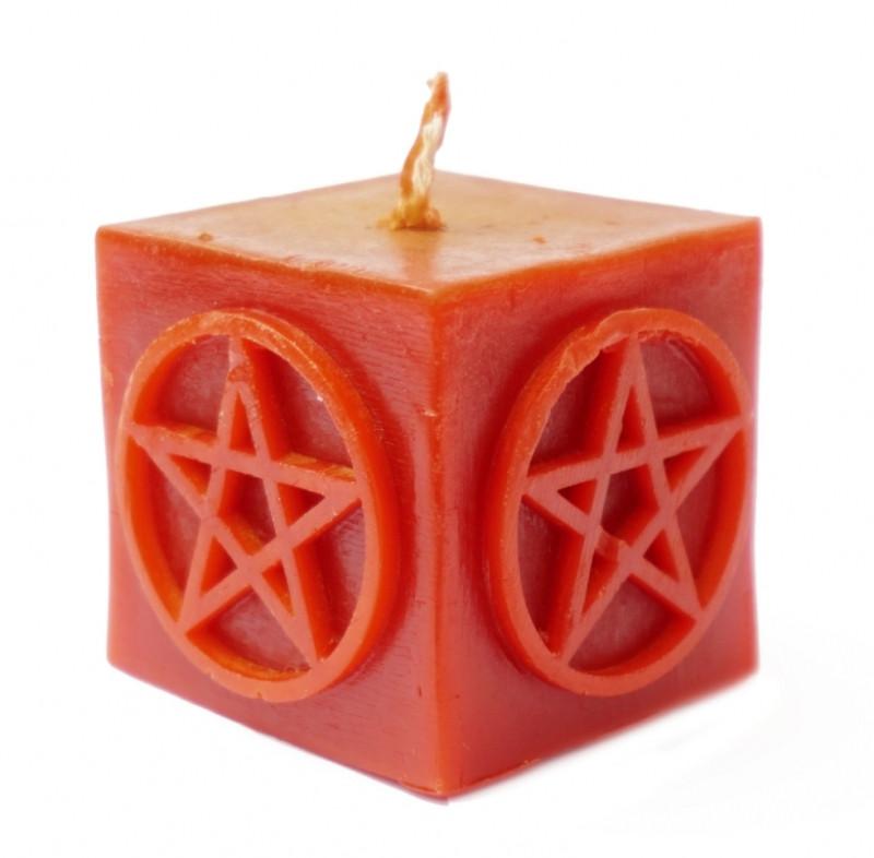 Свеча красного цвета Пентаграмма