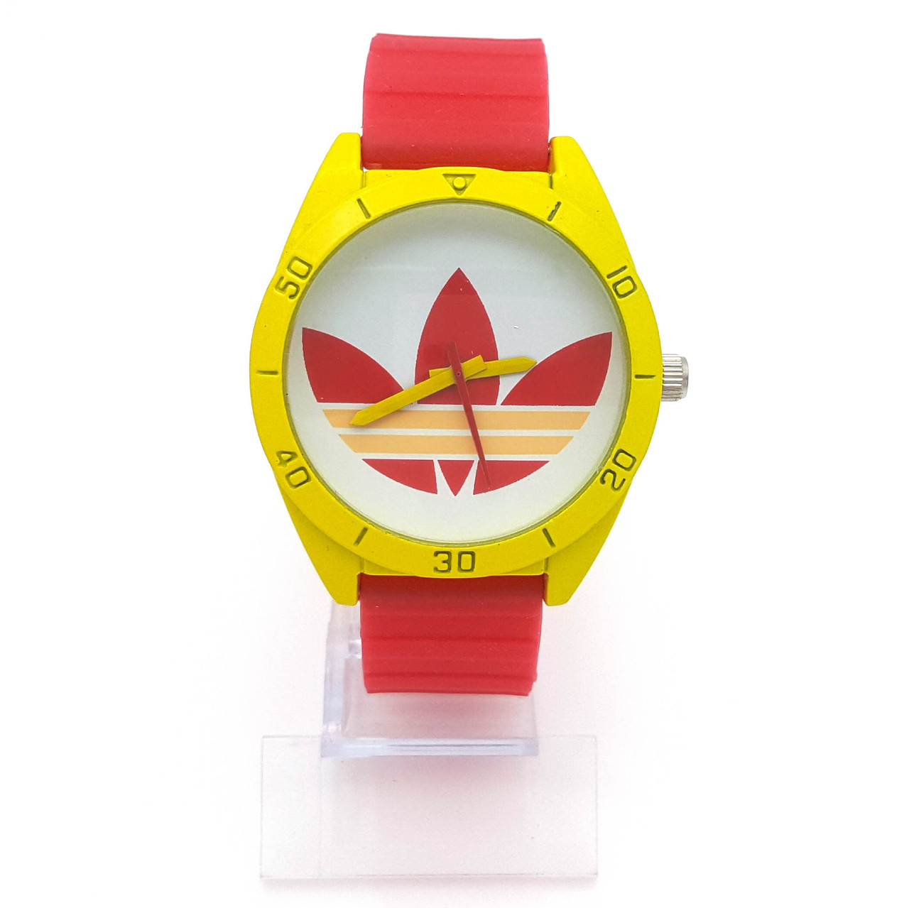 Часы на красном силиконовом ремешке, длина 18-22см, циферблат 43мм