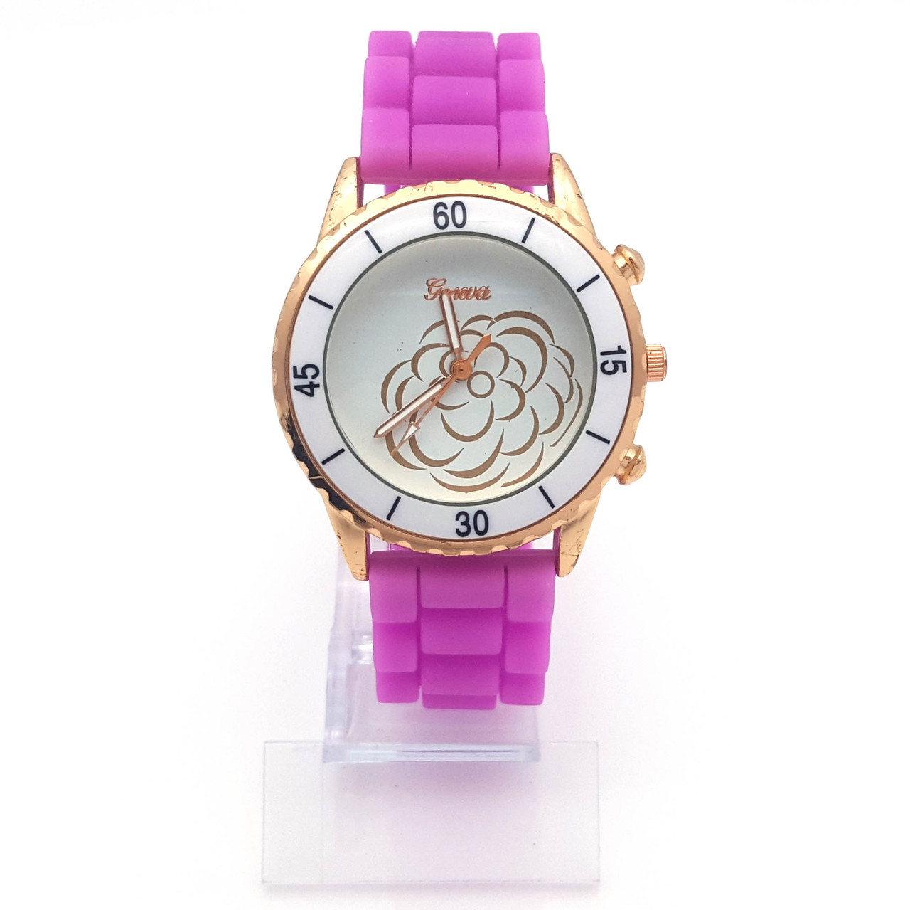 Часы на фиолетовом силиконовом ремешке, длина 18-21см, циферблат  39мм