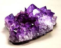 Натуральный камень Аметист - описание и свойства