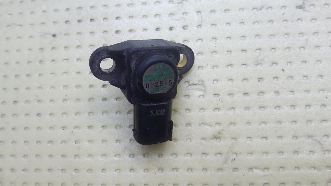 Датчик давления наддува Mercedes Vito Sprinter W211 W210 638 639 2.2cdi 2.7cdi 3.0cdi A0041533228 0041533228