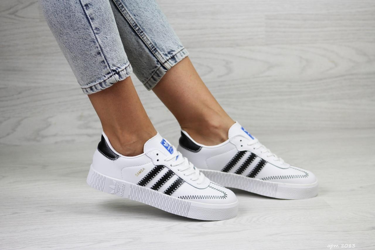 Женские кроссовки Adidas Samba (белые)