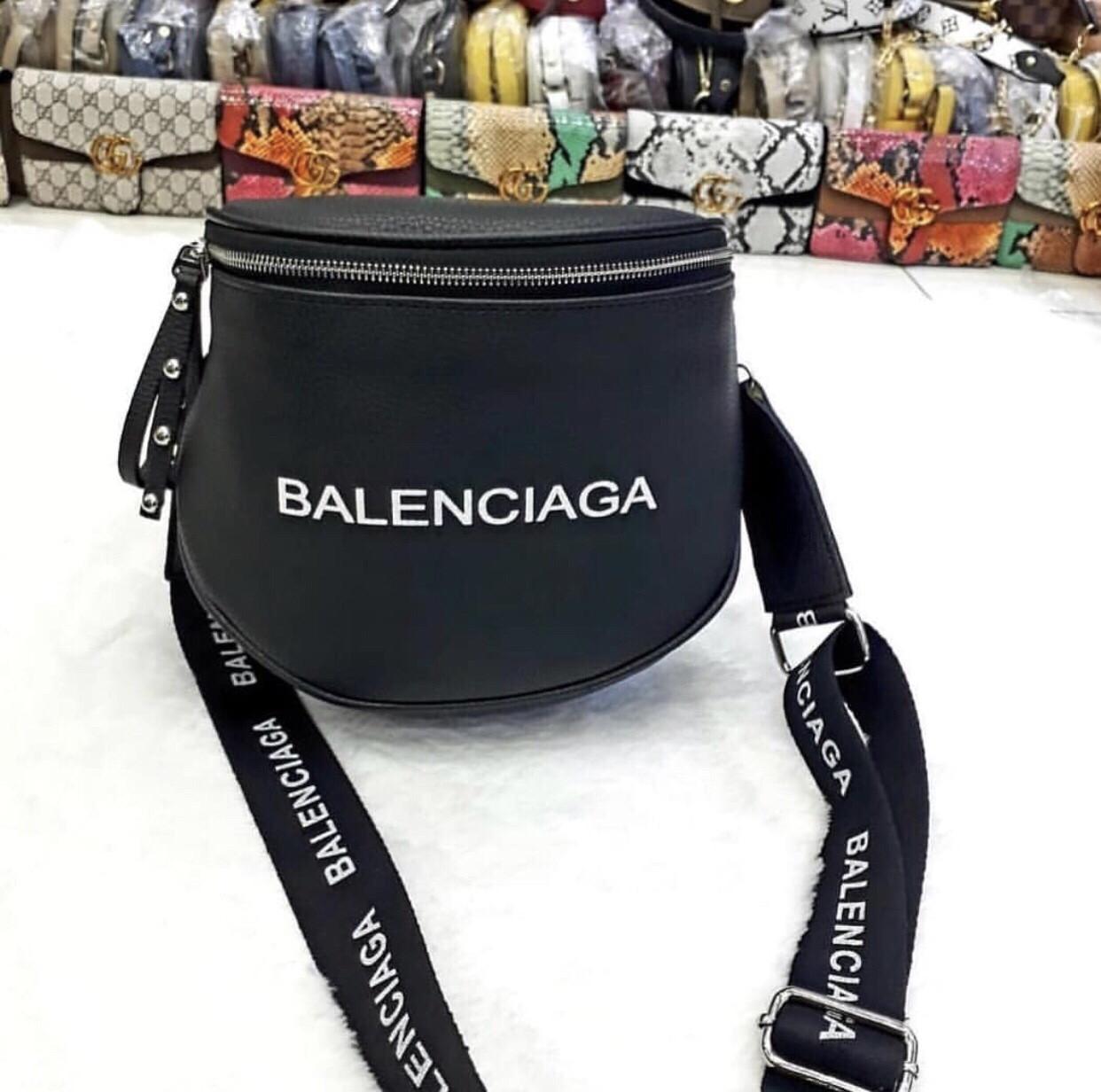 Сумка  Balenciaga бананка трансформер (реплика Баленсиага люкс) black