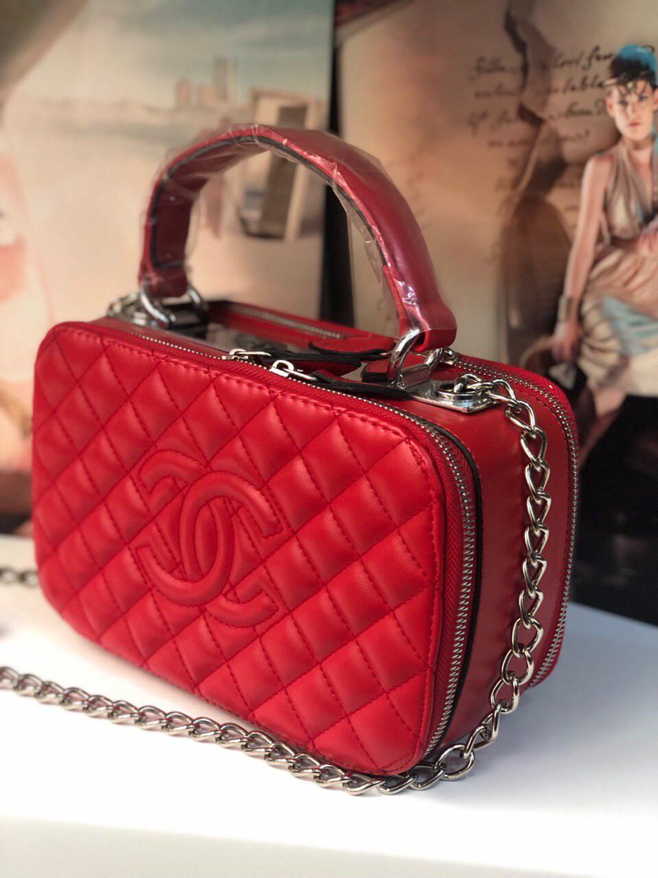 Сумка Клатч Шанель реплика Chanel саквояж red