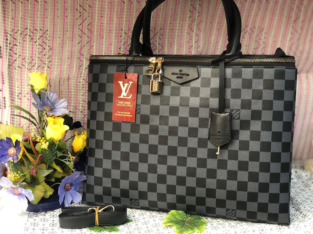 Сумка Louis Vuitton LV (реплика луи виттон) black