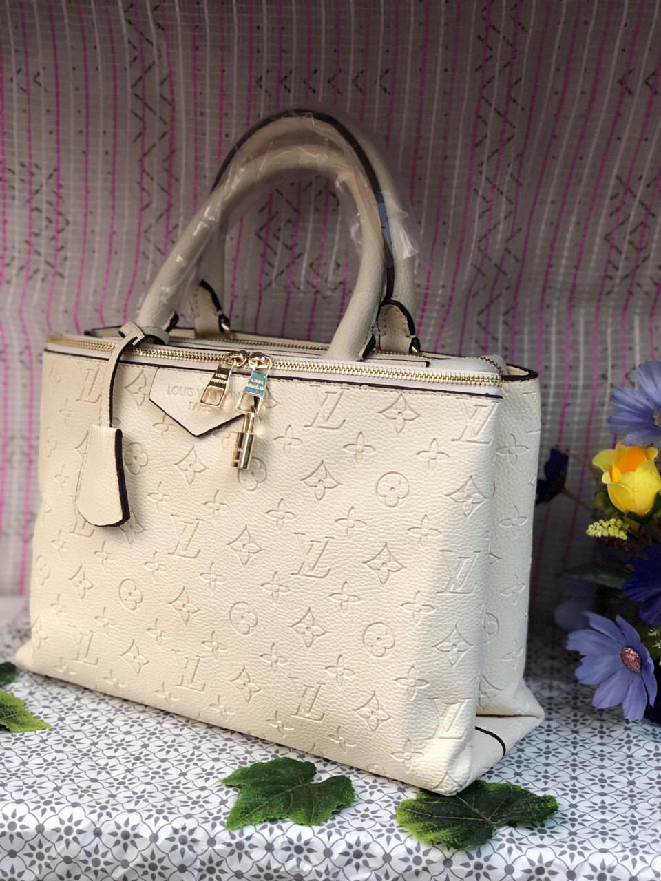 Сумка Louis Vuitton LV (реплика луи виттон) white