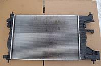 Радиатор охлаждения двигателя Шевроле Круз Б/У 09-