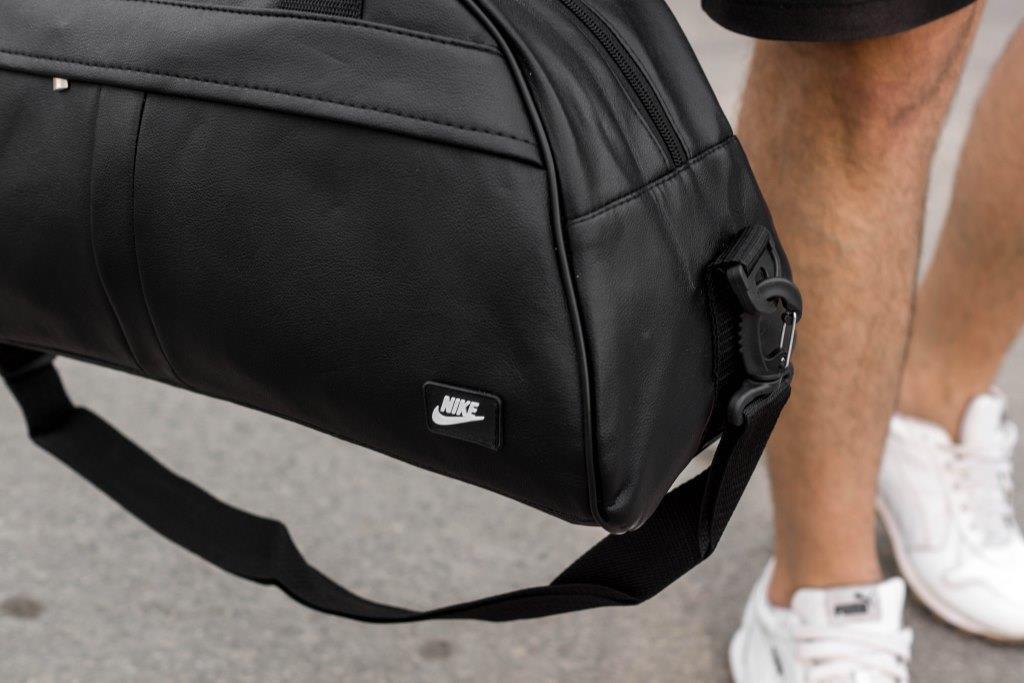 Мужская спортивная сумка Nike Donate 2
