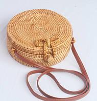 Круглая женская плетеная сумочка из ротанга с Бали, бежевый цвет ( код: IBG058M )