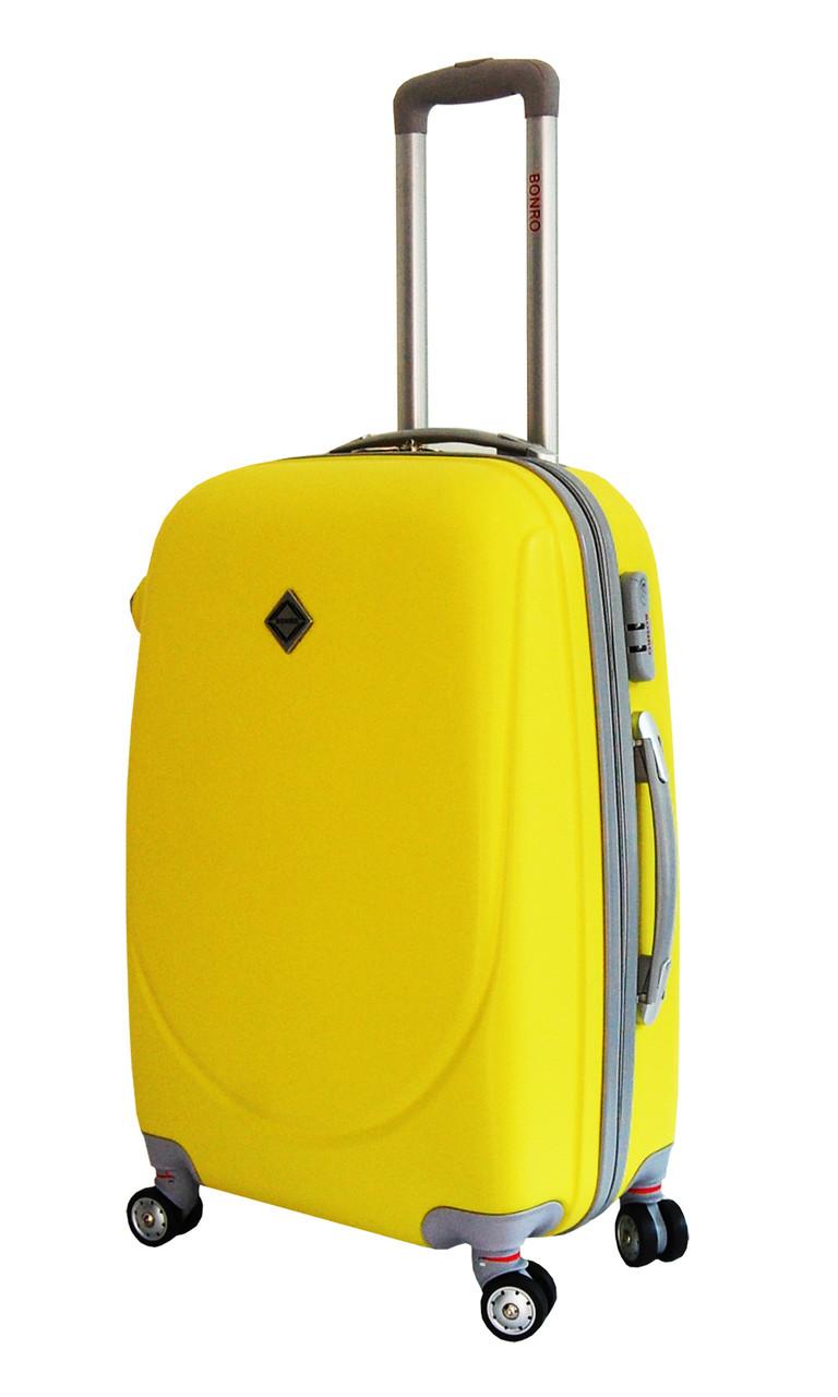 Чемодан Bonro Smile с двойными колесами (средний) желтый