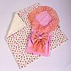Конверт на выписку летний нежно розовый с кружевом + плед розочки с молочным плюшем BabySoon 78х85см
