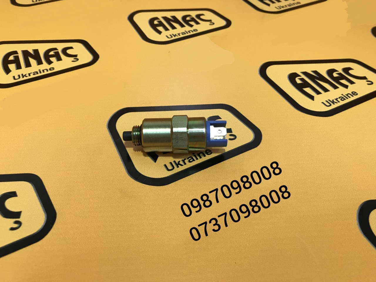 Клапан отсечки топлива (соленоид) для двигателя на JCB 3CX, 4CX , каталожный номер : 17/105201, 716/30098