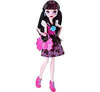 Кукла Монстер Хай Дракулаура Первый день в школе Monster High First Day of School Draculaura