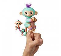 Интерактивная ручная обезьянка  Danny   с малышкой   Gianna Fingerlings