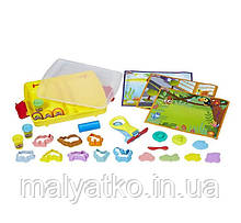 Play-Doh валізу Набір пластиліну c формачками Shape and Learn