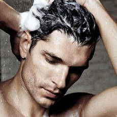 Чоловіча косметика по догляду за волоссям