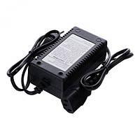 Зарядное устройство 12 V универсальное к аккумуляторному опрыскивателю