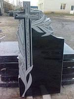 Большой крест с тюльпанами и просечкой
