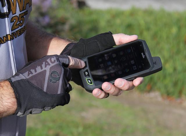 Современные защищенные телефоны и смартфоны