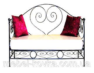 Металевий диван зі спинкою в формі серця 9(з м'яким сидінням)