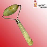 Массажер нефритовый валик с ручкой большой (20,5х10,5х4,5 см)