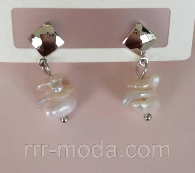 Фото. Элитные маленькие серьги с жемчугом, эксклюзивная бижутерия оптом RRR
