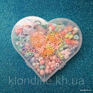 """Набор бусин """"Сердце"""" для плетения, 14×15.5 см, в наборе 8 видов бусин и резинка"""