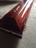 Гроб лакированный (цвет орех) сайт:  Orfey1.com