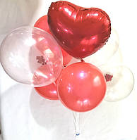Композиция из 7 шаров с красным сердцем