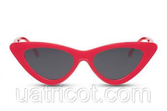 Женские солнцезащитные очки лисички в красной оправе со смоки линзами