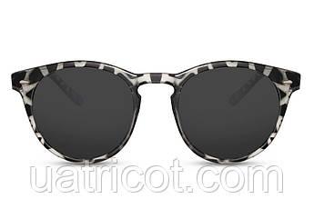 Женские круглые солнцезащитные очки в пластиковой оправе со смоки линзами