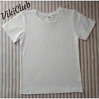 Белая футболка для физкультуры