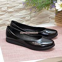 """Туфли  женские черные, из натуральной кожи с теснением """"питон"""", на утолщенной подошве"""