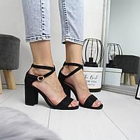 Женские замшевые черные босоножки на каблуке 74OB11
