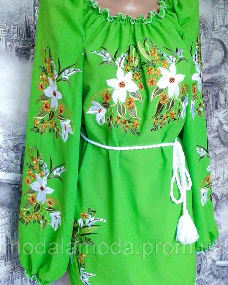 Вышиванка женская салатовая с красивыми цветами под заказ