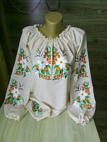 Вышиванка женская белая с красивыми цветами под заказ