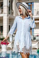 Короткое платье-рубашка с кружевными вставками