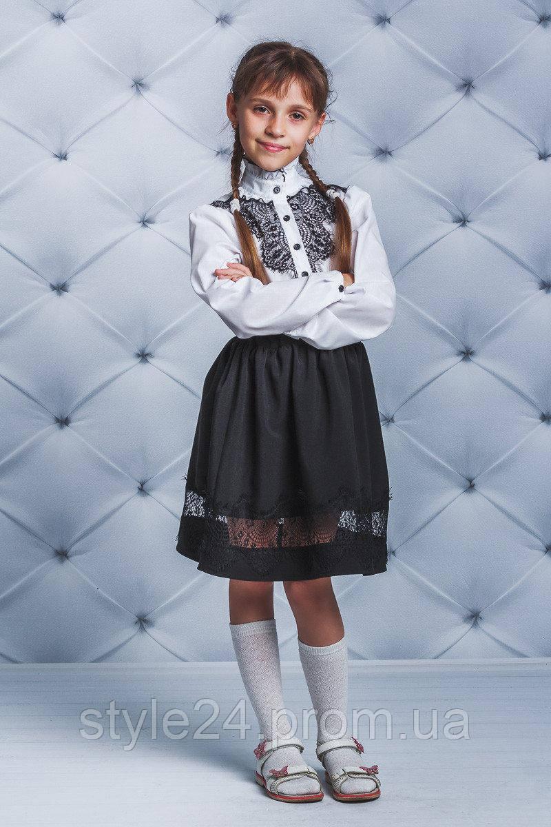 Чорна  спідниця на дівчинку з гіпюром .Р-ри 122-146