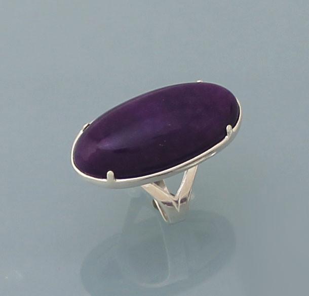 Кольцо из серебра 925 пробы с натуральным Халцедоном