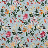 Декоративная ткань с крупными цветными растениями и птицами на голубом 84296v1, фото 2