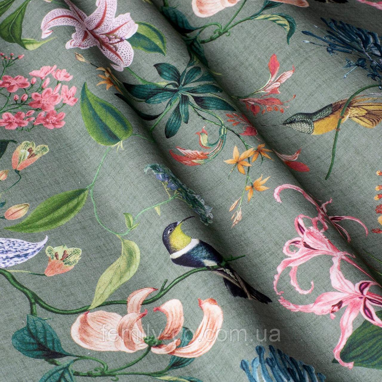 Декоративная ткань с крупными цветными растениями и птицами на сером 84295v2
