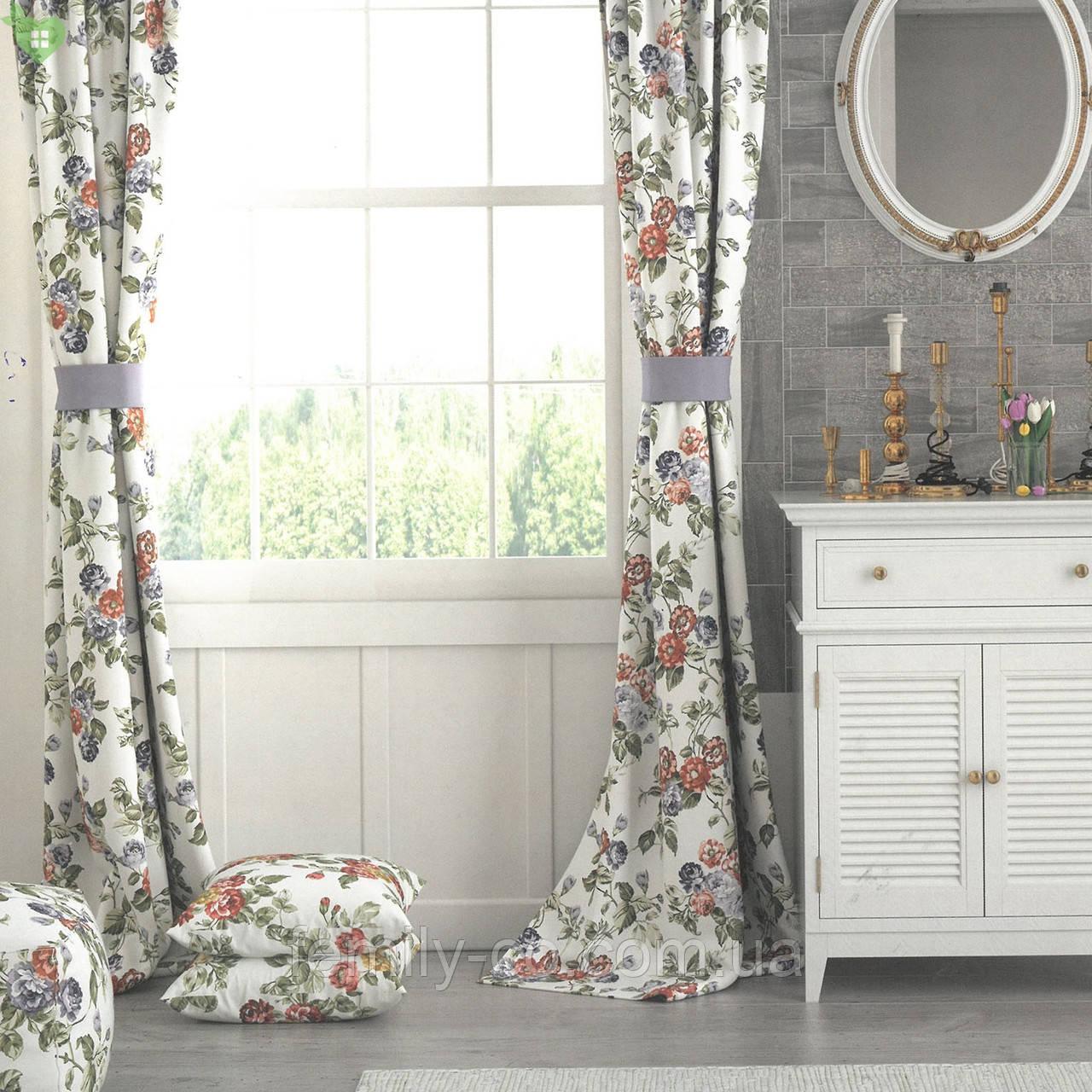 Декоративная ткань с мелкими сине-фиолетовыми и бордово-оранжевыми цветками на веточках Турция 130442v3