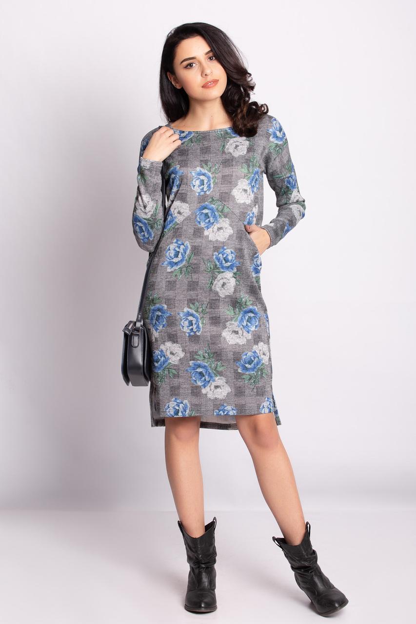 Трикотажное платье MELISSA прямого кроя с удлиненной спинкой и втачными карманами в цветочный принт