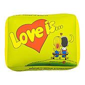 Подушка Love is (Зеленая) 150417-001