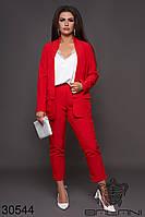 Женский брючный костюм красный большой размер