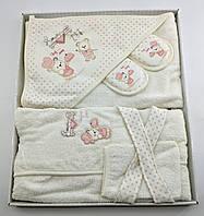 Подарочный набор банный халат белый для купания подарок для новорожденных на новорожденного до 2 лет, фото 1